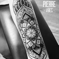 PIERRE VIBES